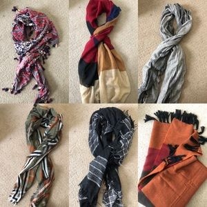 New scarfs $5 EACH